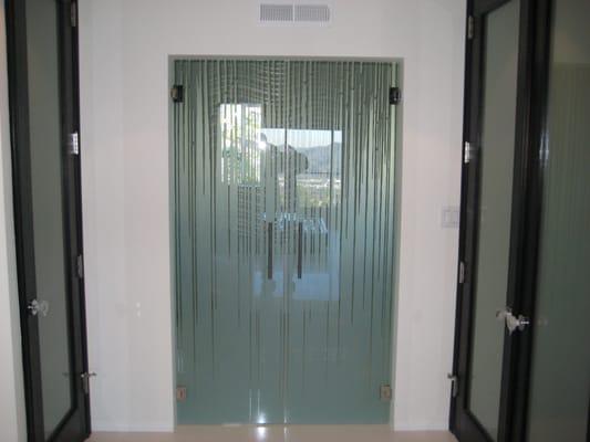 Office Entry Doors 533 x 400 · 28 kB · jpeg