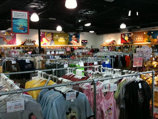 Disney S Character Warehouse Outlet Store Closed