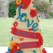 Love to Cake Love wedding cake