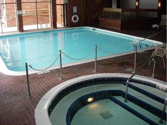 Ocean Vista Resort - Indoor Heated Pool and Sauna :: Telephone
