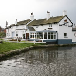 100 year old location right on the banks of the leeds to liverpool canal