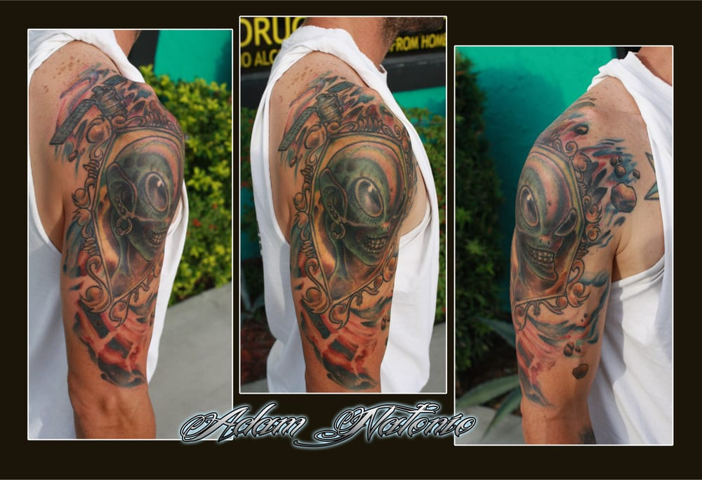 Alien and space mural positioned on right arm yelp for Chest mural tattoos