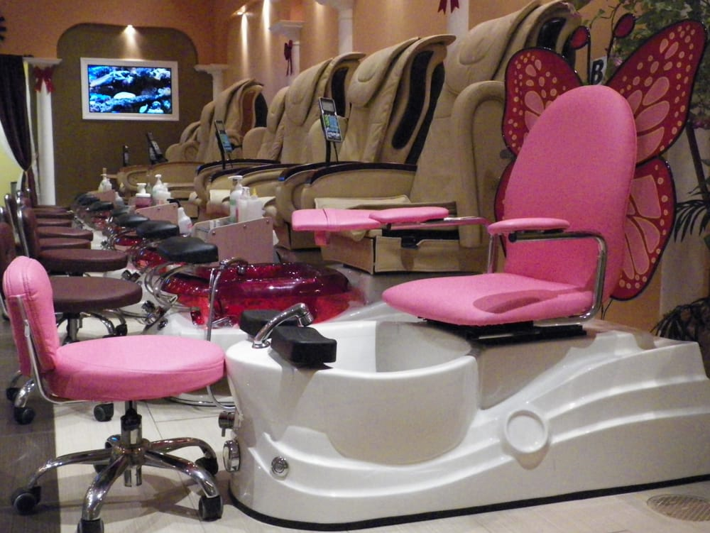 Pedicure butterfly chairs at deluxe nails and spa for Nail salon benches