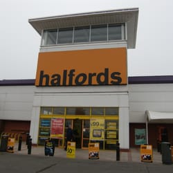 Halfords, Hull