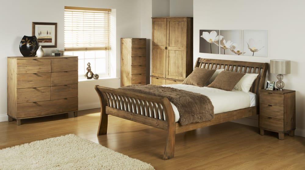 Reclaimed Wood Pine Bedroom Set