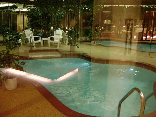 Sybaris Northbrook, Northbrook, Illinois. 23K likes. Sybaris is a romantic paradise offering private swimming pools, soothing whirlpools, cozy fireplaces /5().