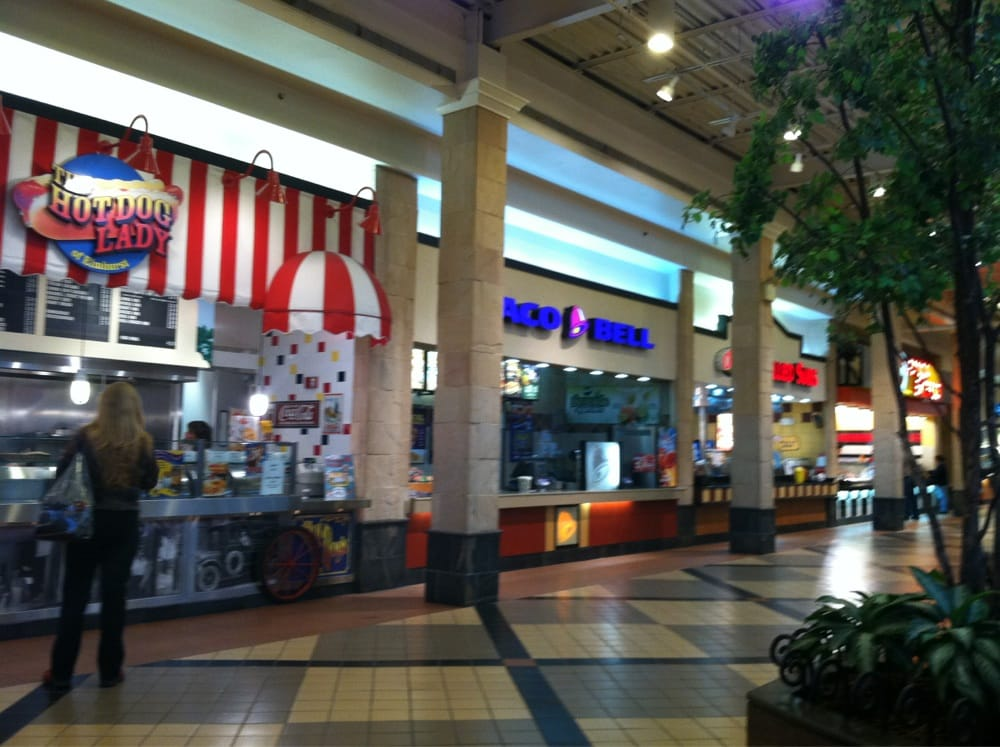 In the past I'v always liked shopping at Von Maur. I've purchased jewelry, Christmas gifts, shoes (great shoe department), purses and clothing/5().