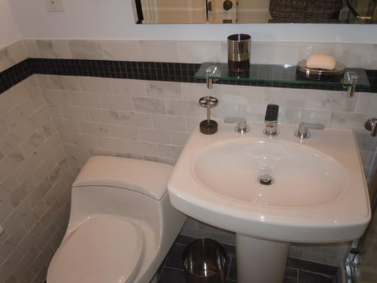 Black Glass Tile Inlay With Pedestal Sink Yelp