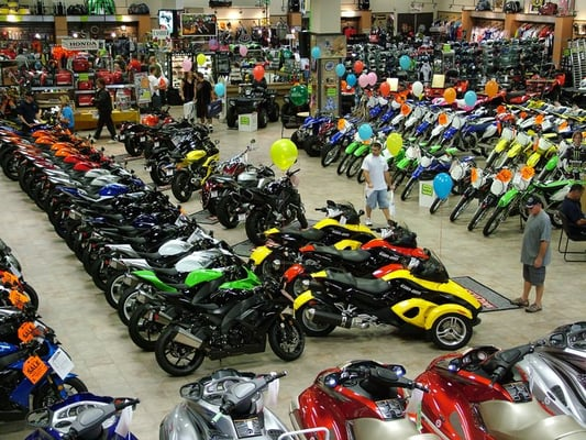 motorcycle dealers motorcycles near dealer storage north vista shops robb motorbike countys atv haul self sales yellowbot published