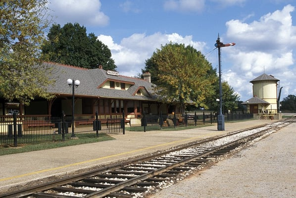 Hwy 55 Near Me >> Texas State Railroad Palestine Depot - Landmarks & Historical Buildings - Palestine, TX ...
