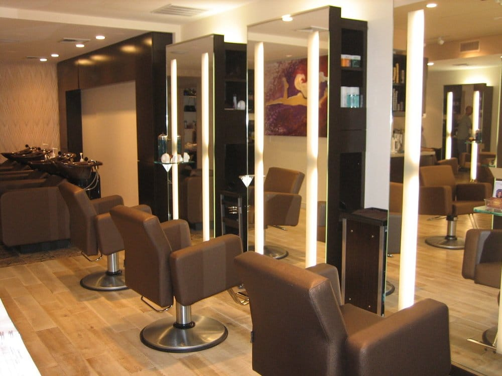 B Styled Hair Salon: Hair Styling Stations