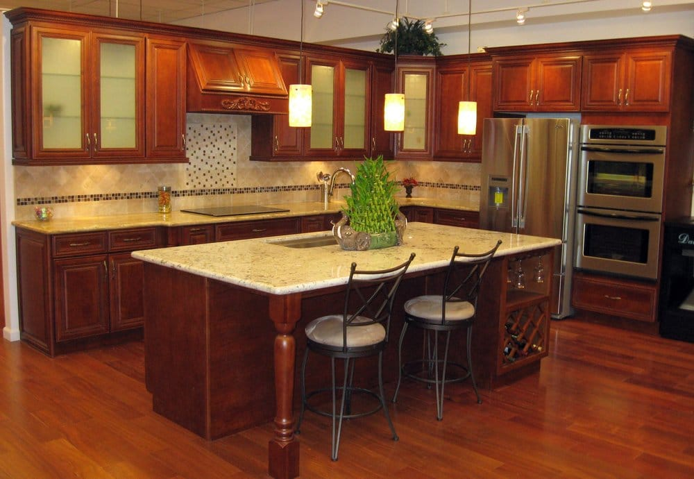 white quartz countertops with cherry cabinets sycamore cherry cabinets with giallo regal granite 213