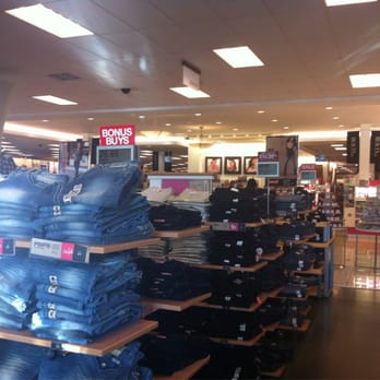 Shoe Stores In Palm Desert