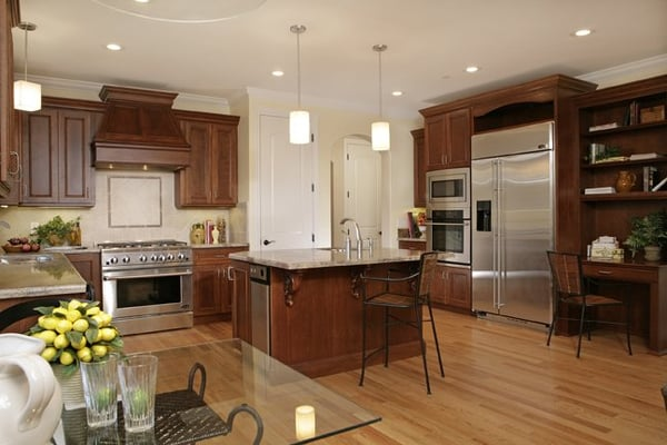 Kitchen floors and cabinets |Red Cherry Kitchen Cabinets