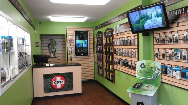 Find Cell Phone Stores Near You Cricket Wireless has cell phone stores and shops located conveniently throughout the U.S. Visit any Cricket Wireless store to get a prepaid phone plan, buy a new smartphone, or get help with your account.