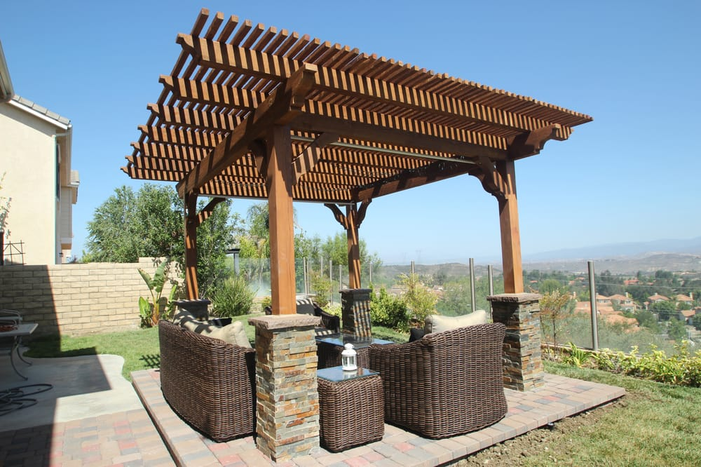 Free Standing Lattice Wood Patio It S Also Called A